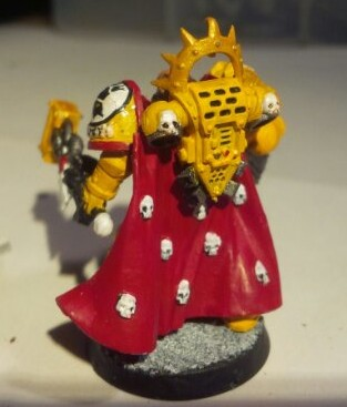 Imperial Fists Space Marine Captain: Back view