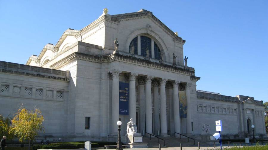 The Saint Louis Art Museum is one of the principal U.S. art museums, with paintings, sculptures, cultural objects, and ancient masterpieces from all corners of the world. Its three-story building stands in Forest Park in St. Louis, Missouri, where it is visited by up to a half million people every year.