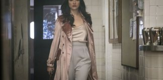 Gotham - 4.15 - The Sinking Ship The Grand Applause