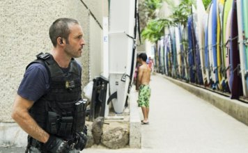 Hawaii Five-0 - 8.22 - Though the Fish is Well Salted, the Maggots Crawl