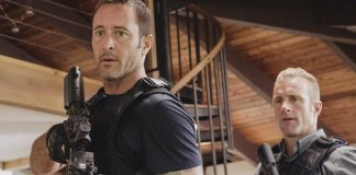 Hawaii Five-0 - 9.06 - Is Borne on the Back; Is Borne in the Arms