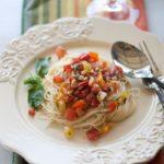 Fresh Tomato Summer Pasta Sauce | Recipe from @whatagirleats