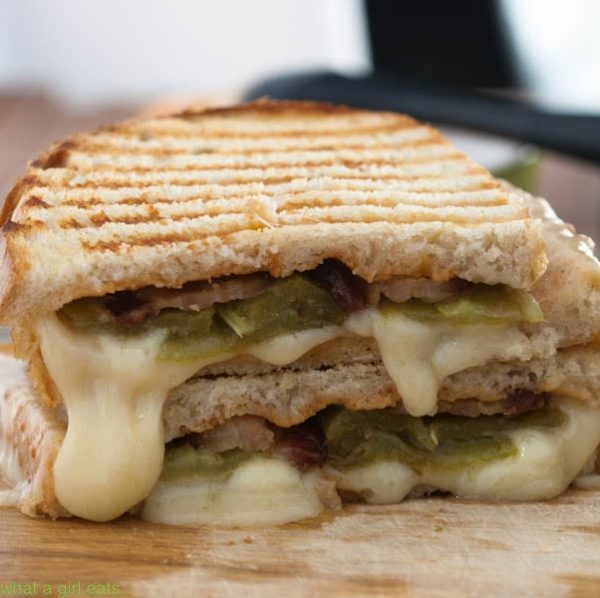 Hatch Chile Bacon Grilled Cheese Sandwich with Chipotle mayo is bound to knock your socks off! | WhatAGirlEats.com