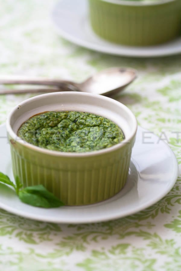 Creamy spinach souffle for stuffing inside of mushroom caps