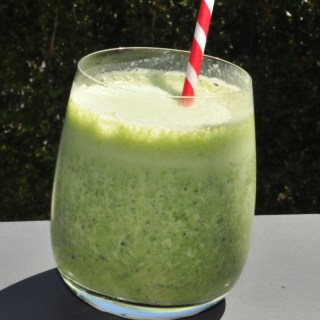 green breakfast protein smoothie #1