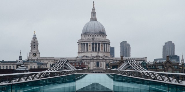 photo of St Pauls Cathedral in London