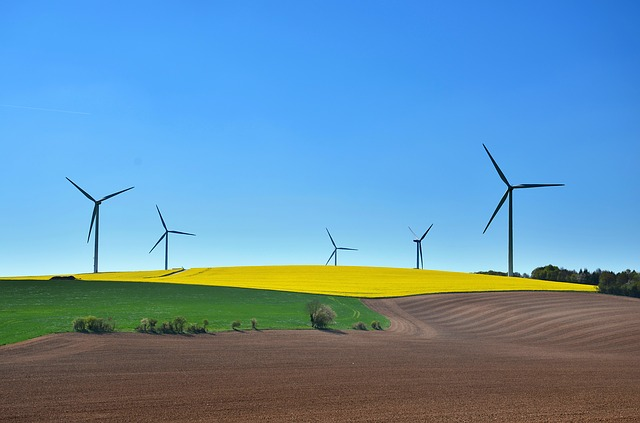 ea3cb80c21f6083ed1584d05fb1d4390e277e2c818b414419df7c371a4eb 640 - Save Money And The Earth With These Green Energy Tips