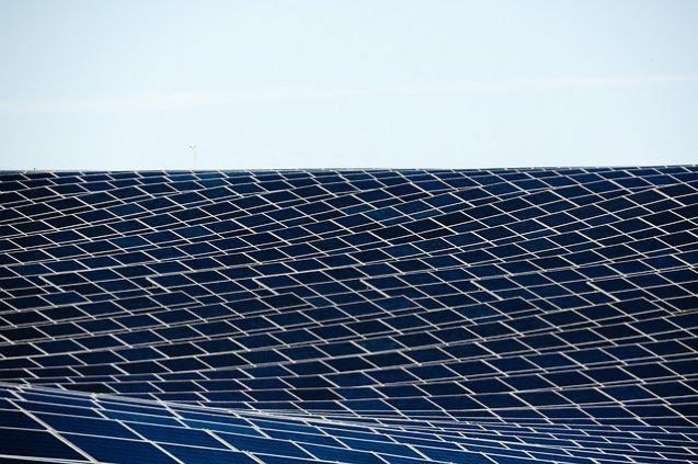 ea37b9092ff0003ed1584d05fb1d4390e277e2c818b4144691f6c270a3ef 640 - Tips For Getting The Most Out Of Solar Energy For Your Home Or Business