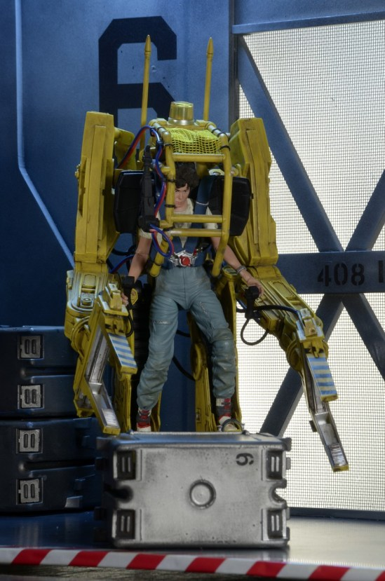 NECA-P-5000-Power-Loader-Deluxe-Vehicle-012