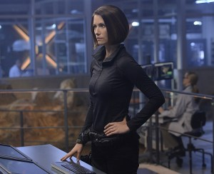 """Blood Bonds"" -- With Astra in captivity at the DEO, her husband, Non (Chris Vance), captures Hank, leading to a tense standoff between the two sides. Also, Kara continues to refute Cat's allegations that she is Supergirl, on SUPERGIRL, Monday, Jan. 4 (8:00-9:00 PM) on the CBS Television Network. Pictured: Chyler Leigh Photo: Darren Michaels/Warner Bros. Entertainment Inc. © 2015 WBEI. All rights reserved"