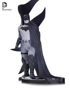 BM_Black_White_Batman_Albuquerque_56bceacaa6eaa1.25444134