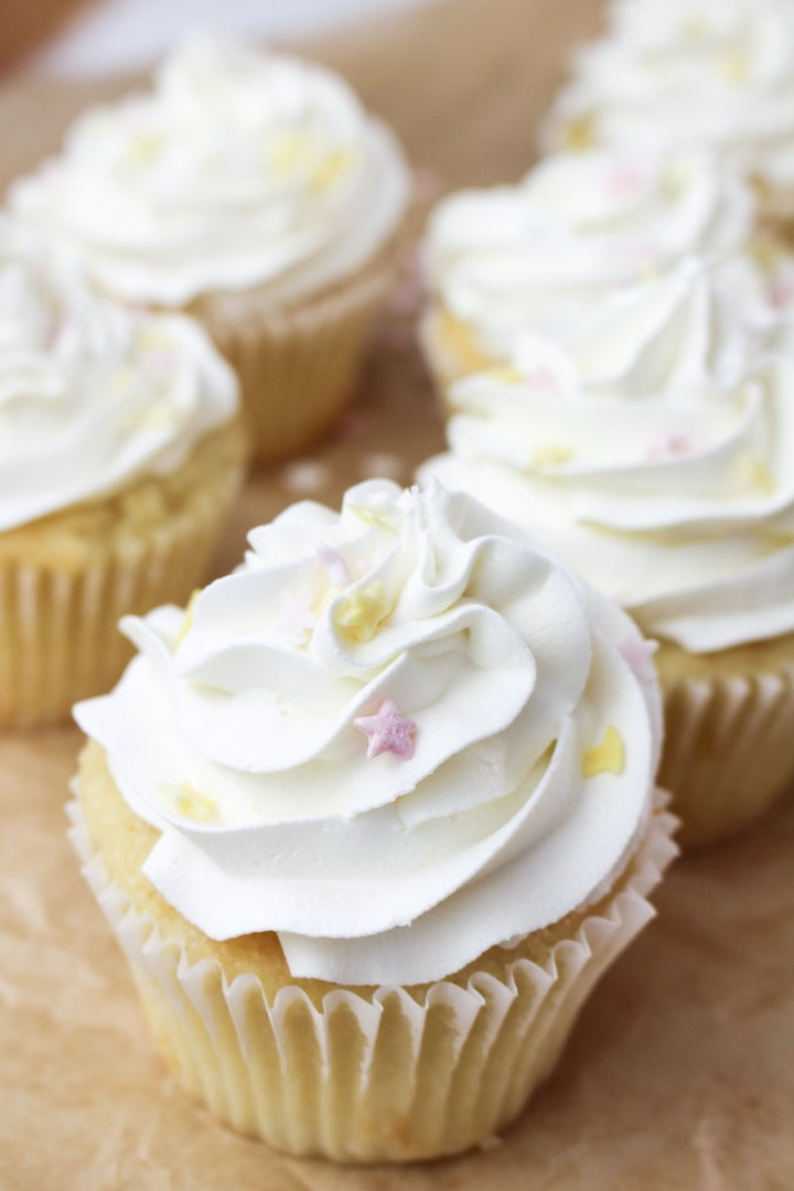 White Vanilla Cupcakes   What Charlotte Baked
