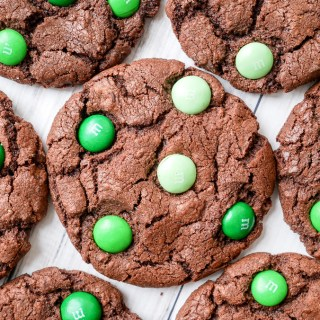 Mint Chocolate M&M Cookies recipe | What Charlotte Baked