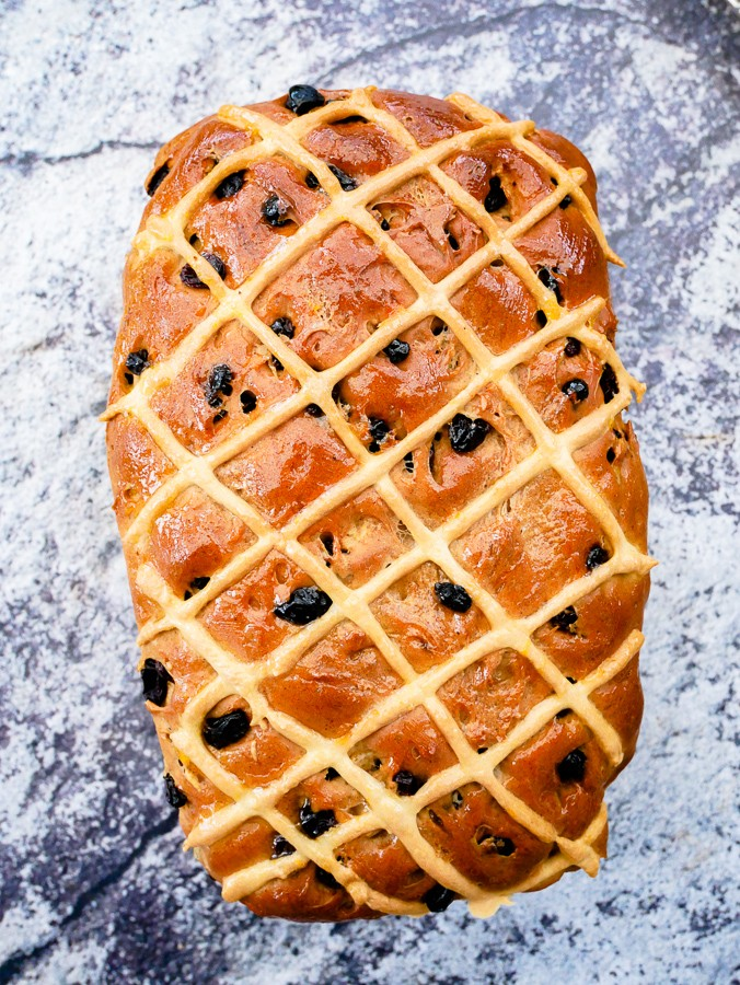 Hot Cross Bun Loaf (Breadmaker Recipe) | What Charlotte Baked