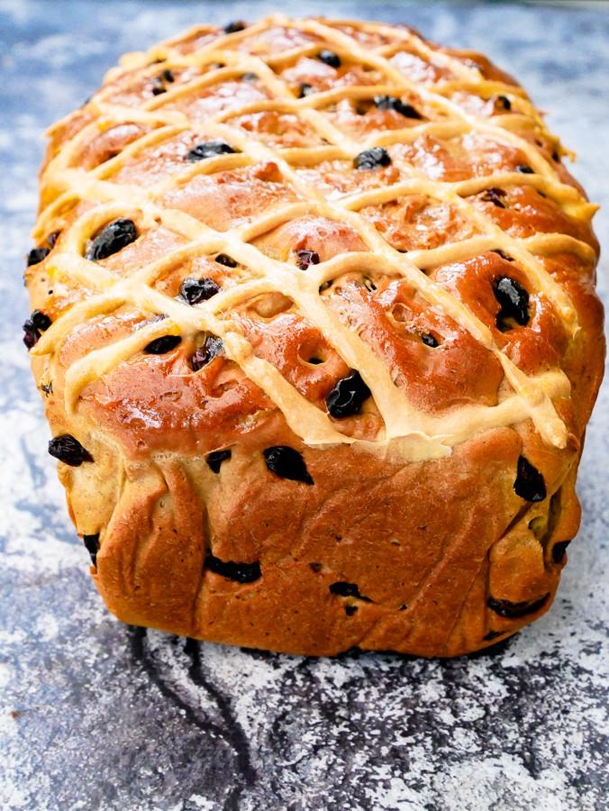 Hot Cross Bun Loaf (Breadmaker Recipe)   What Charlotte Baked