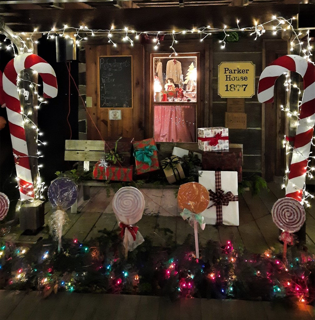 Parker House cabin decorated during the Lighted Christmas Stroll event (December 2, 2020). Photo: Linda Harkleroad