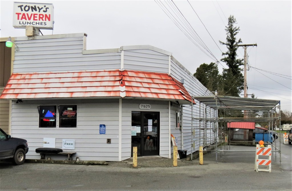 The structure for an outdoor dining canopy can be seen outside Tony's Tavern (February 5, 2021). Photo: My Ferndale News