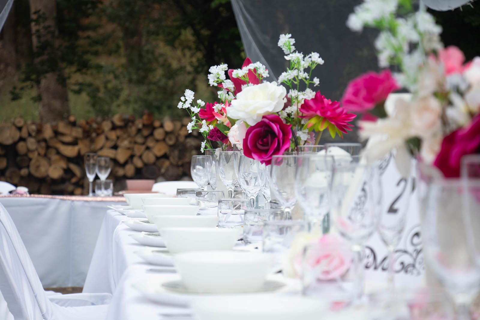 Table settings at Holberry House in Nannup