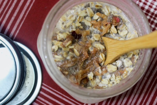 Cinnamon-Apple Overnight Oats