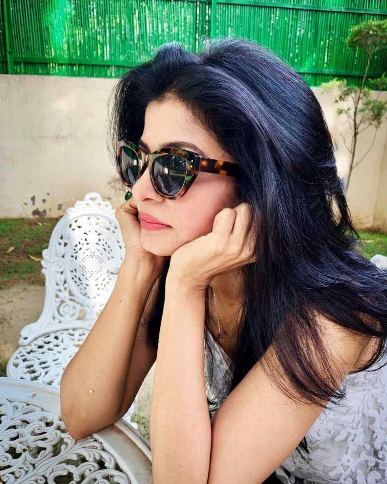 Anjana Om Kashyap sexy photo