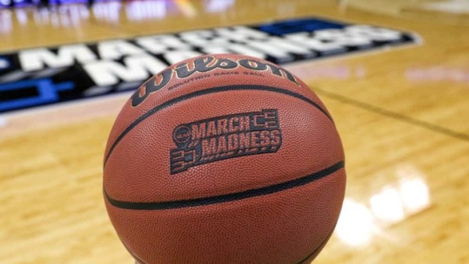 Stream Sweet 16 March Madness Anywhere with VPN