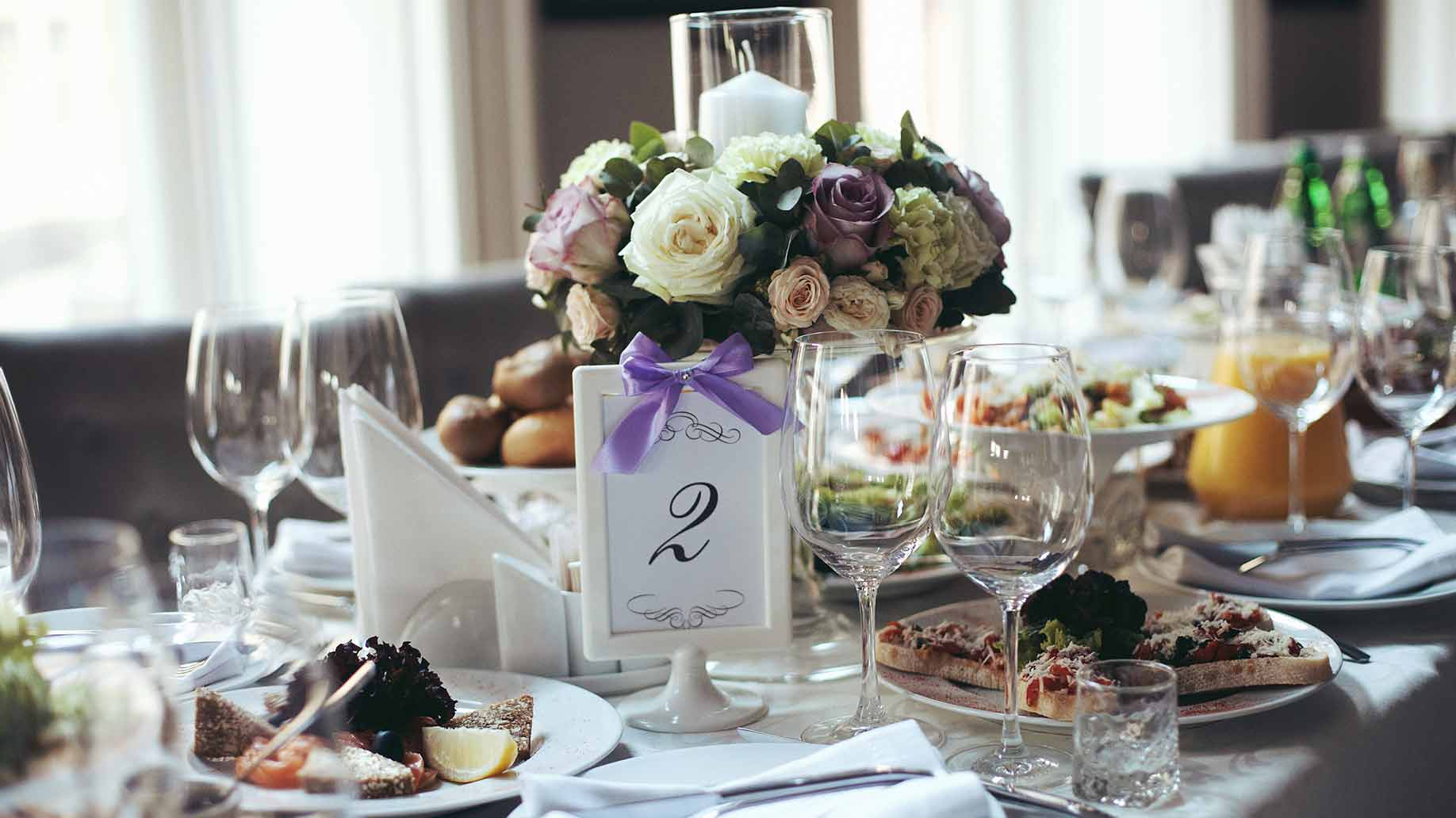 How Much Does Wedding Catering Cost