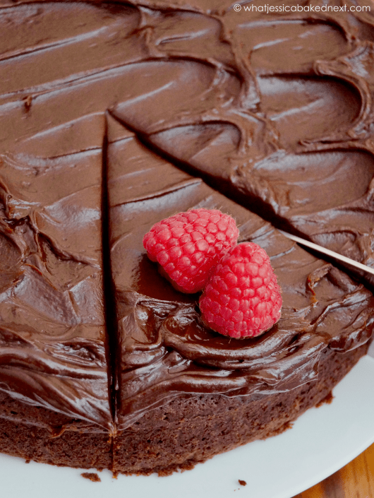 easy-chocolate-fudge-cake.png