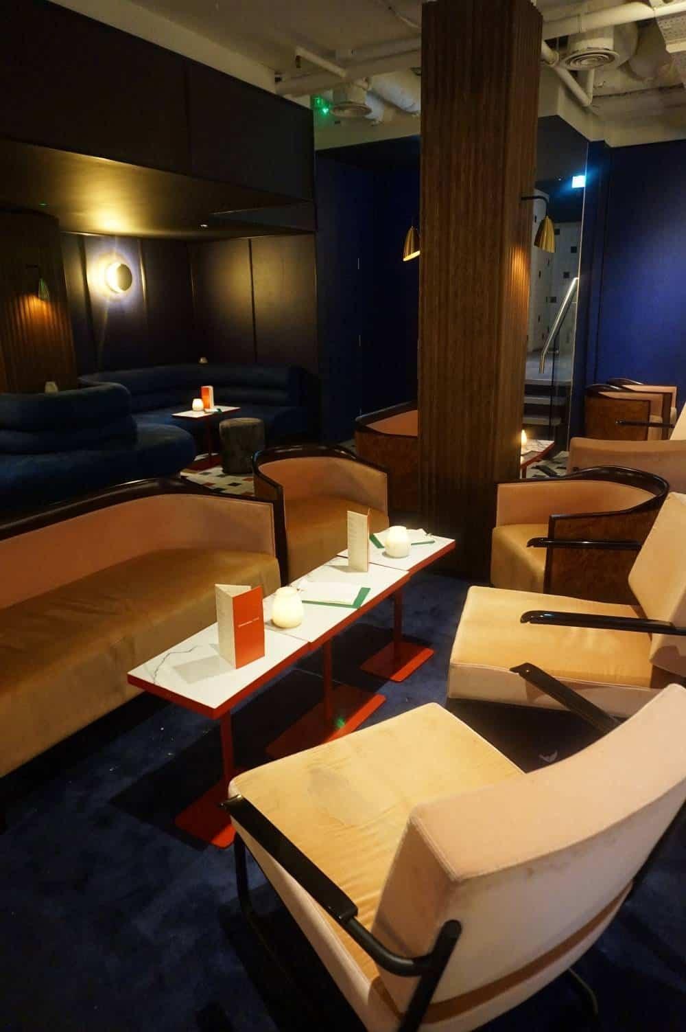 Bar lounge at Cha Chaan Teng