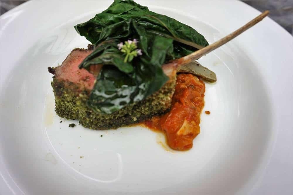 Lamb cutlet with artichoke