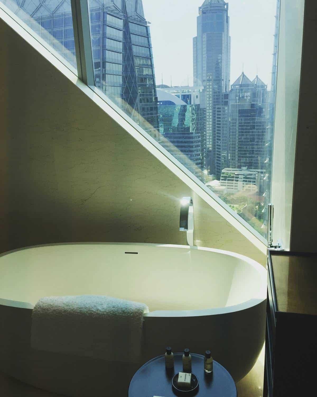 Park Hyatt Bangkok room bathroom