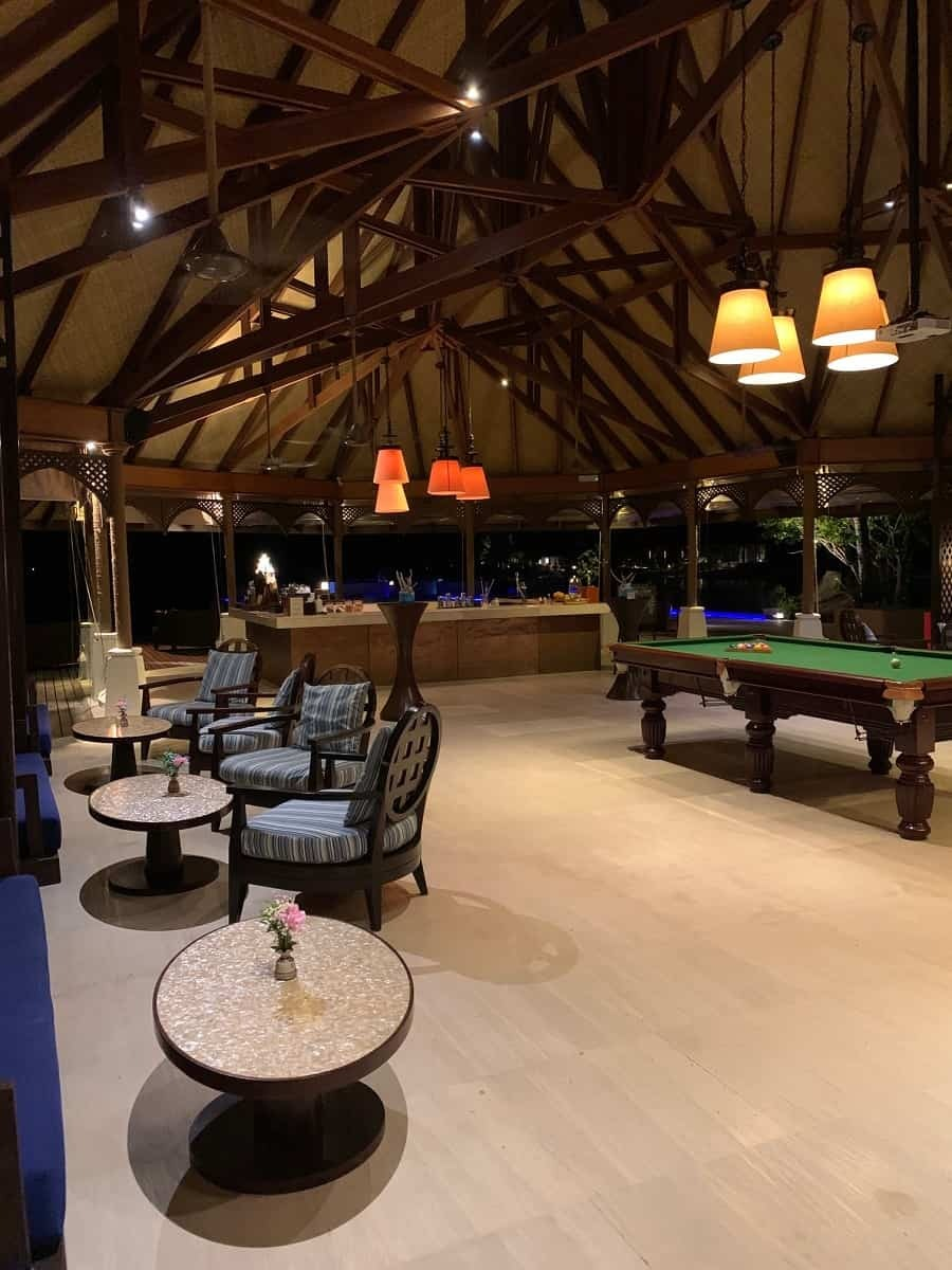 Sunset Lounge bar and games room