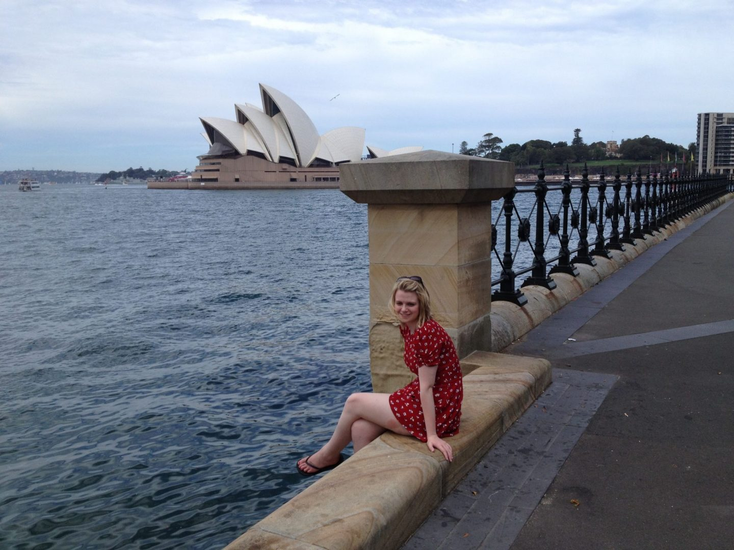 Laura in front of Sydney Opera House