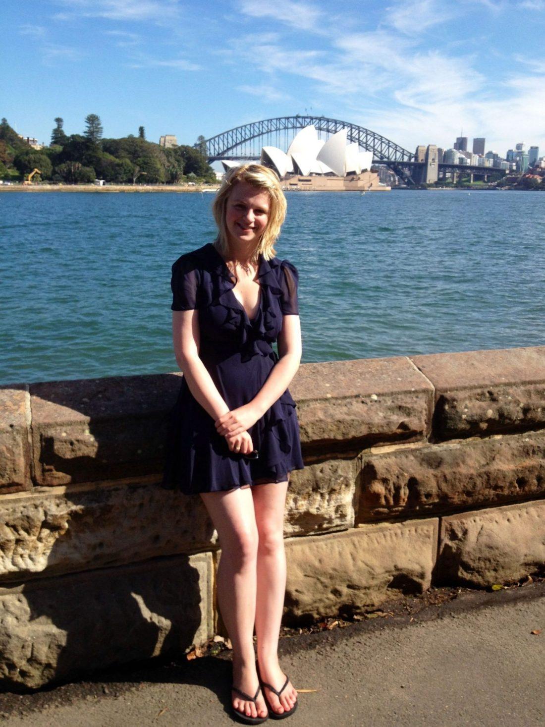 Laura in front of Sydney Harbour Bridge
