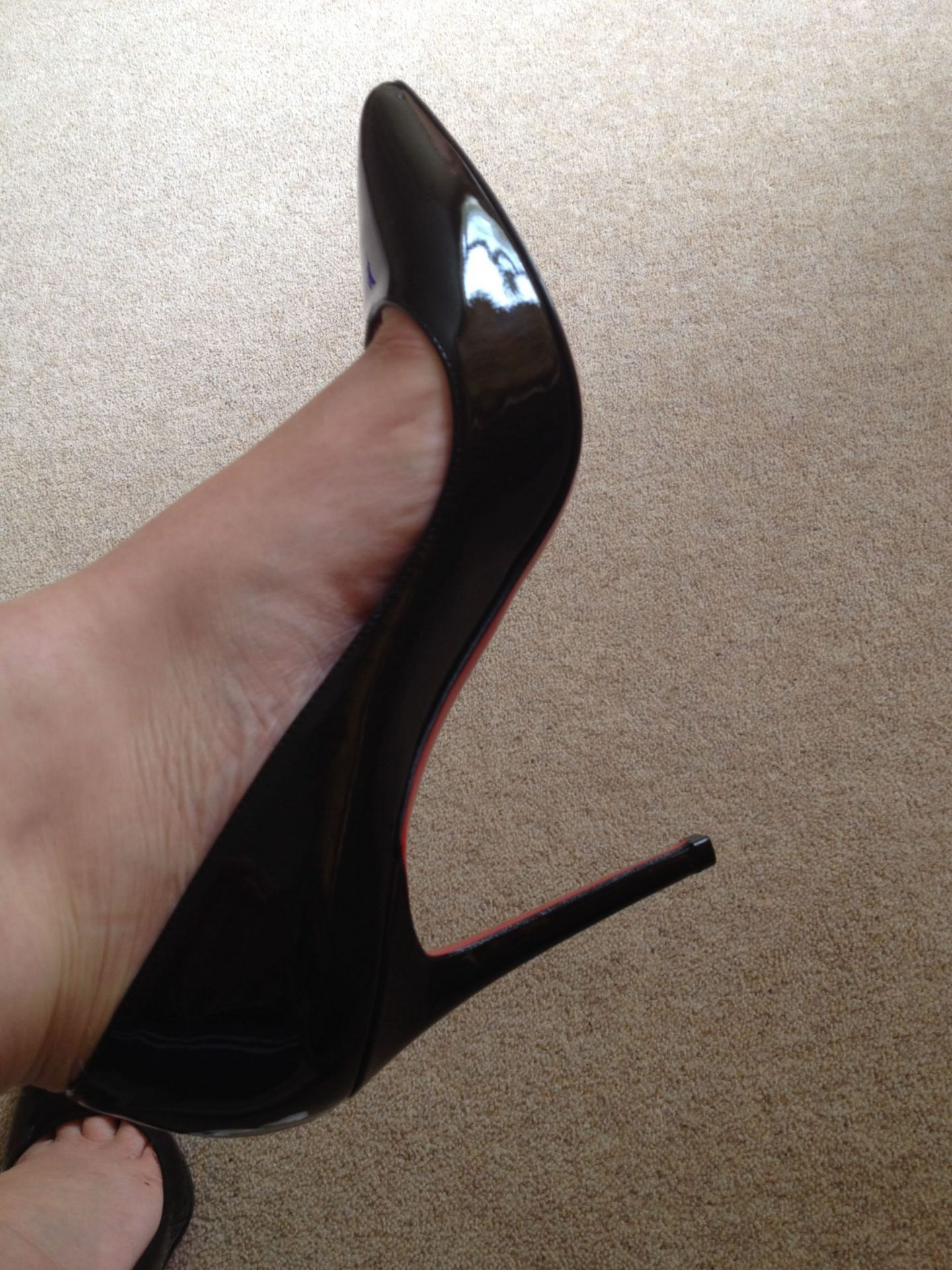 Buying Louboutins: finding the shoes
