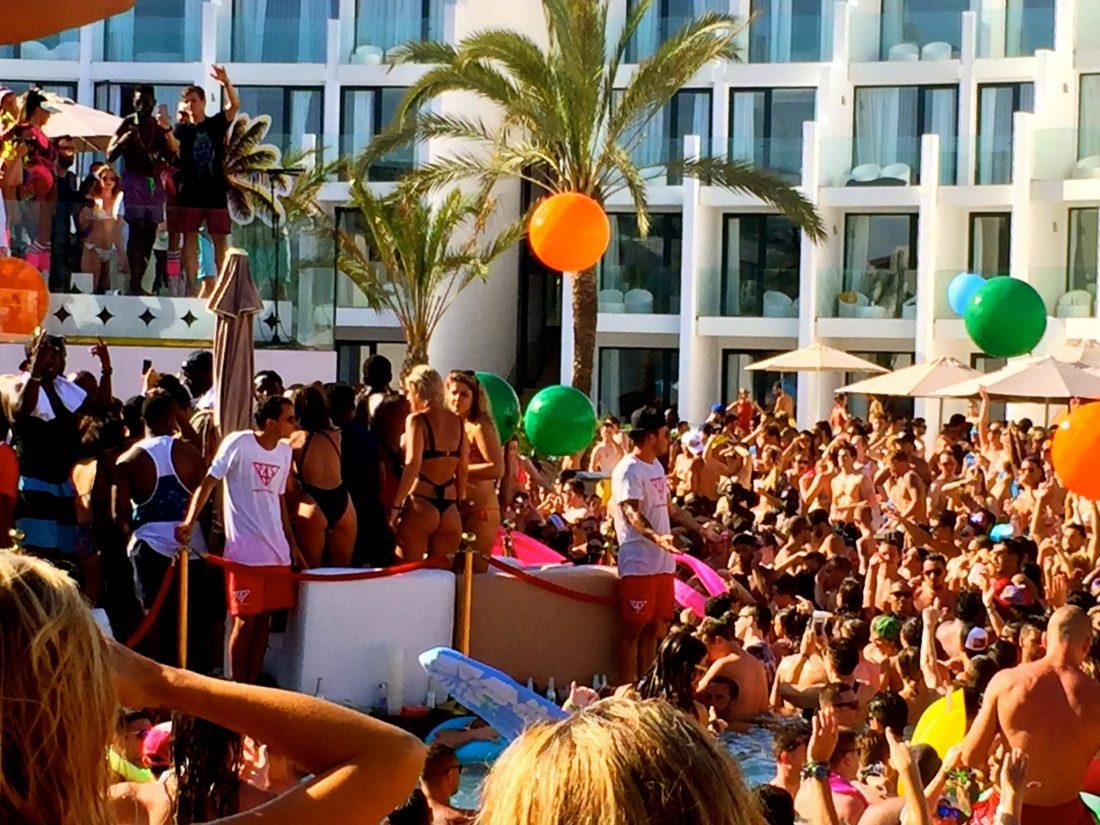 Martin Garrix at Hard Rock Hotel Ibiza pool party