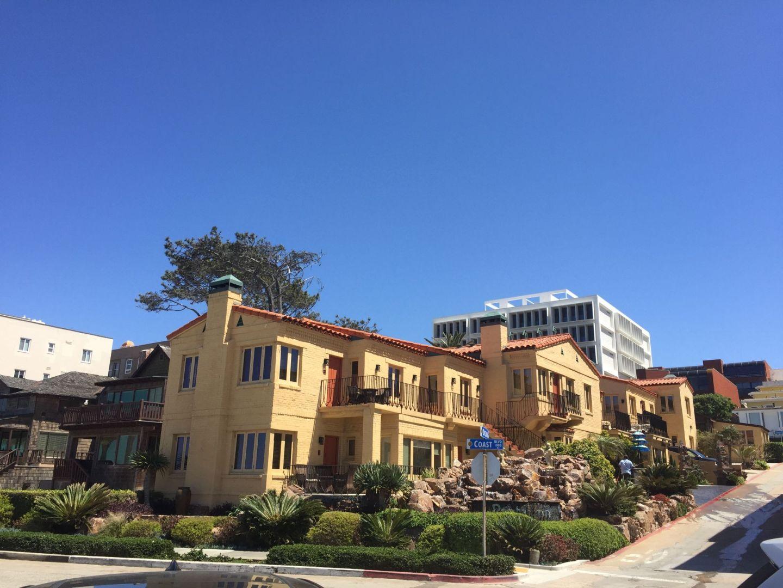 Hispanic architecture at La Jolla, San Diego