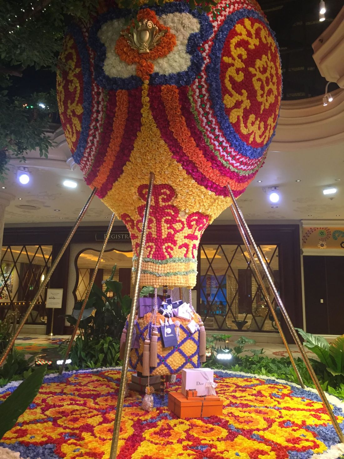 Floral hot air balloon at the Wynn, Las Vegas
