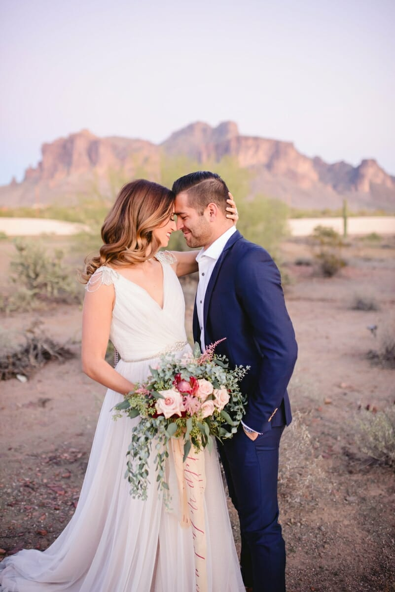 berry-blush-desert-wedding-with-calligraphy-details