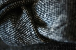 Grey-donegal-tweed-tie-(close-up)