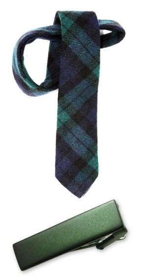 tie and tie clip