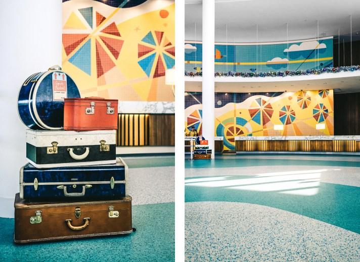 Cabana-Bay-Resort-Reception-Bags