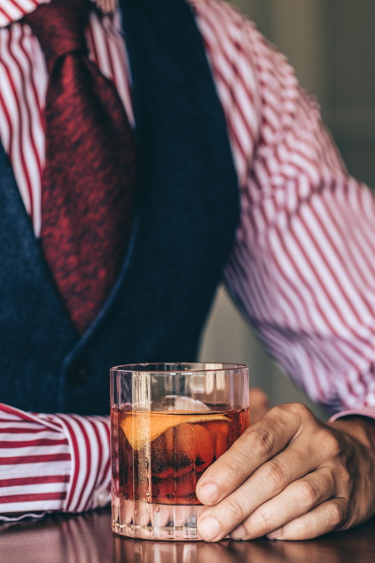 Negroni-with-dapper-outfit