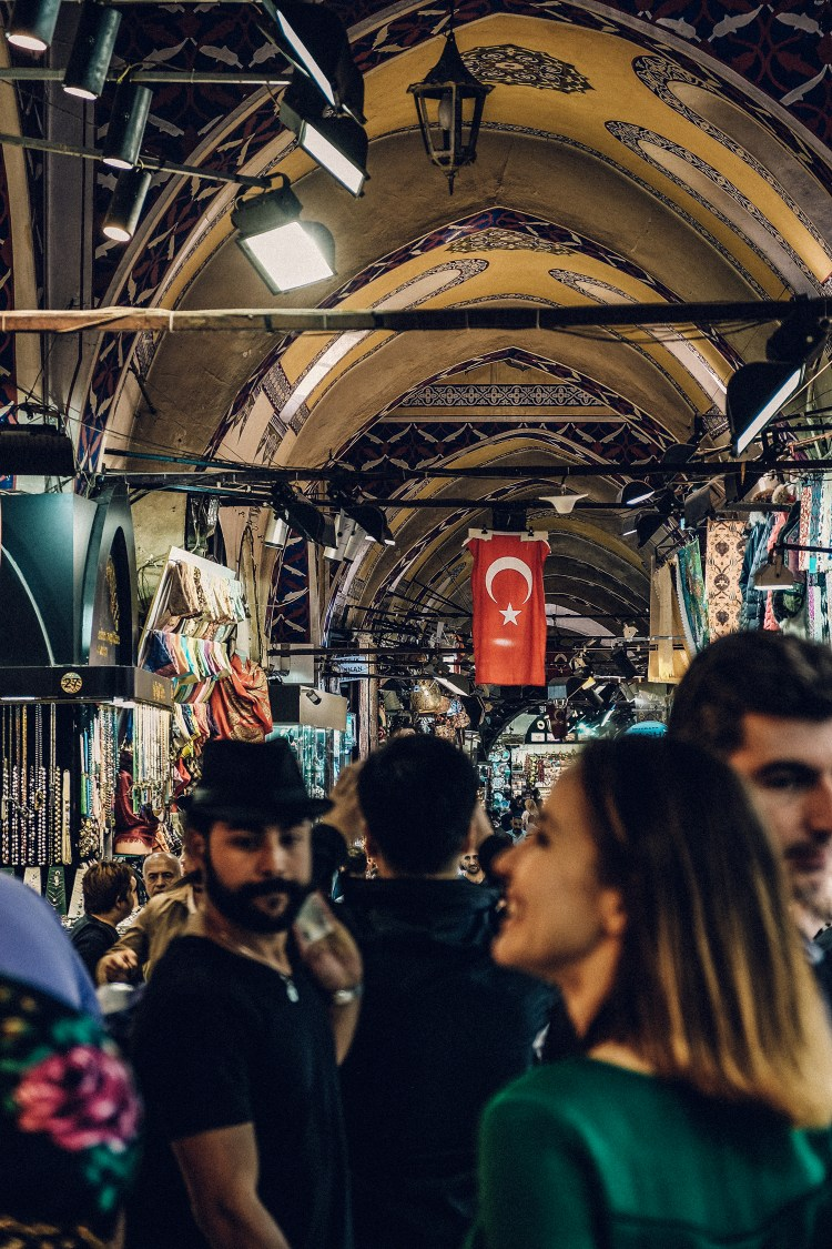 Istanbul-Grand-Bazaar-Turkish-Flag