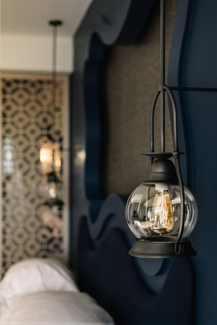 Thailand-Phuket-room-light-Avista-Grande-Karon