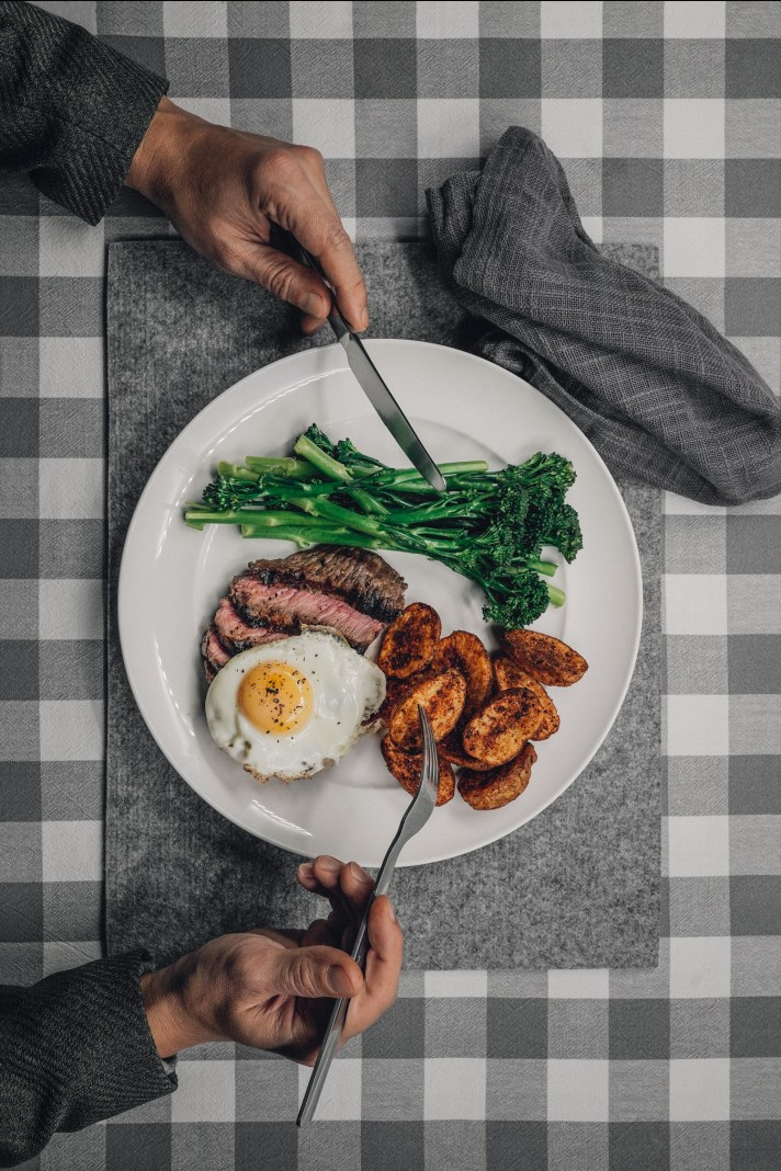 Steak-lunch-P.jpg