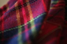 Red-cotton-tartan-bow(close-up)