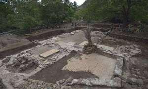 Odkrycie najstarszego europejskiego kościoła w tropikach przypomina o mrocznych kartach historii