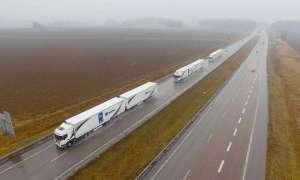 Flota autonomicznych ciężarówek pokonała niemal 2000 kilometrów