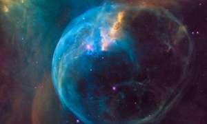 NASA świętuje 26-te urodziny Hubble'a nowym zdjęciem Mgławicy Bańka