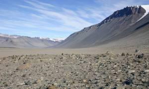Suche Doliny McMurdo mogą wkrótce przestać być poligonem dla naukowców badających życie na Marsie